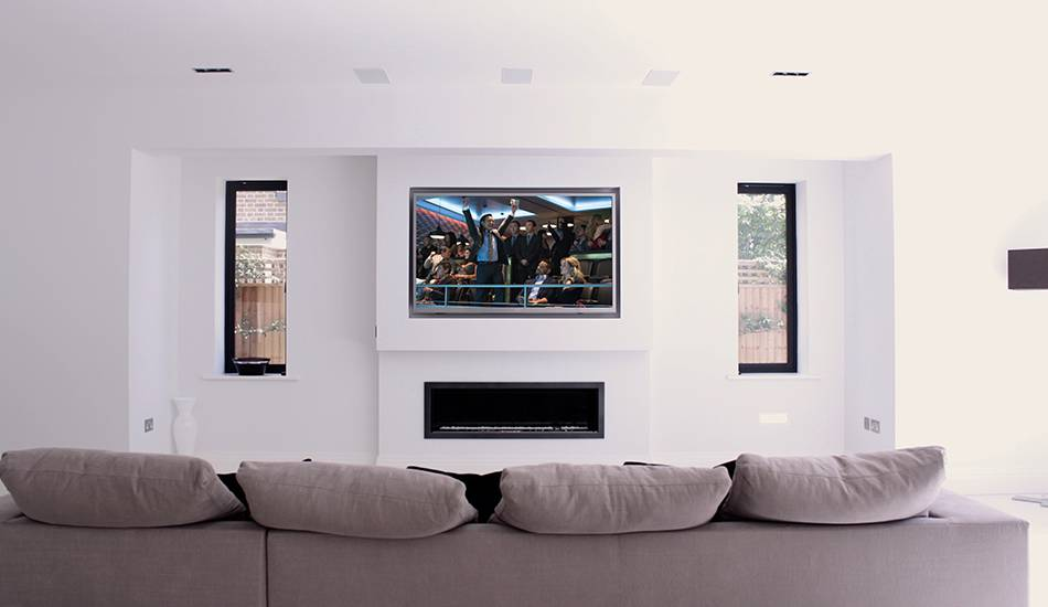 Field Cresent In-Ceiling Living Room Cinema